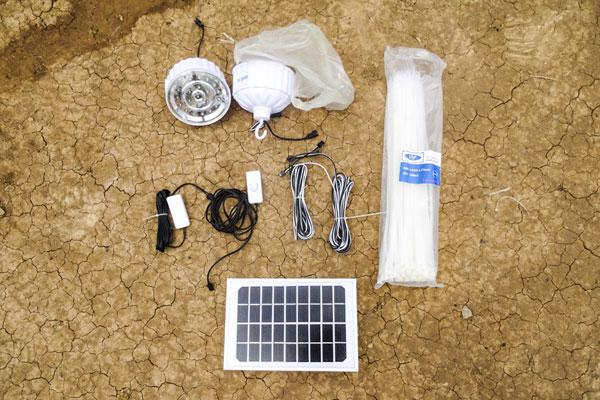 Solarsystem Kambodscha: Material und Zubehör