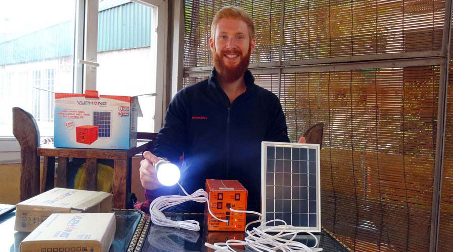 Solarenergie-sauberes-Licht-SunHelp