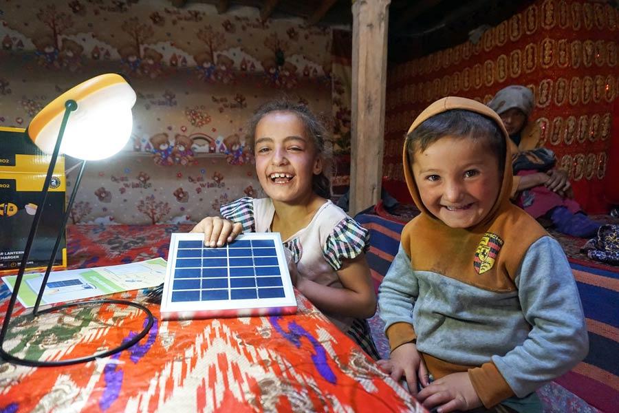 tadschikistan-nisur-solarleuchten